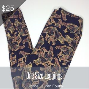 NWT Lularoe Vintage Bear Leggings!!!